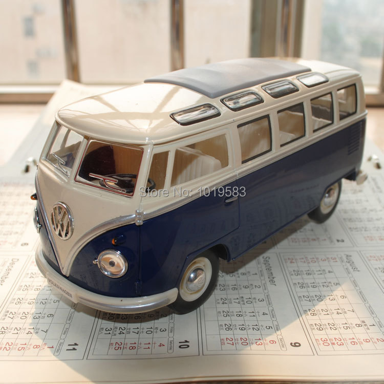 Wholesale (3pcs/pack) Classic Car Model Toys Volkswagen Bus (1962) 1/24 Scale Diecast Metal Car Model Toy -Free Shipping(China (Mainland))