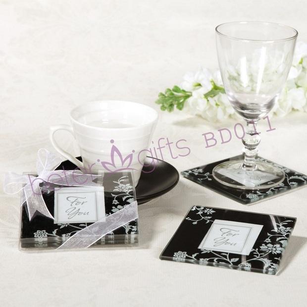 Здесь можно купить  Free Shipping 9set Timeless Traditions Elegant Black & White Glass Photo Coasters 18pcs wedding favor BD011 xmas gifts wholesale  Дом и Сад
