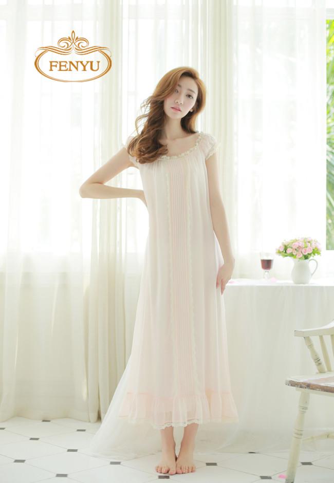Free Shipping Princess Style Nightgown Chiffon and Modal Cotton Pyjamas Women's Long Sleepwear White and Apricot Nightshirt(China (Mainland))