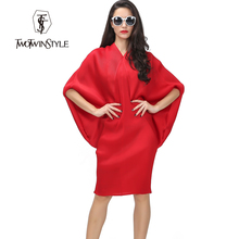 [TWOTWINSTYLE] 2016 Summer Pressure Pleated Pattern Batwing Sleeve Design Great Stretch Loose Big One Size Fits Women Dress New(China (Mainland))