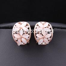Wholesale New Jewelry 18 K Rose Gold Plated Rhinestone Double Five Leaf Flower C Shape Opal Stud Earrings E081(China (Mainland))
