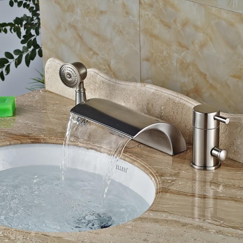 Купить Роскошные Палубы Крепление Изменение Цвета СВЕТОДИОДНЫЕ Водопад Ванной Кран Одной Ручкой Латунь Ванная Комната Ванна Смесители