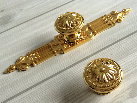 Gold Dresser Knob Drawer  Pulls Handles Kitchen Cabinet  Handle Ornate Hardware Furniture Door Handles Knob Back Plate Solid<br><br>Aliexpress