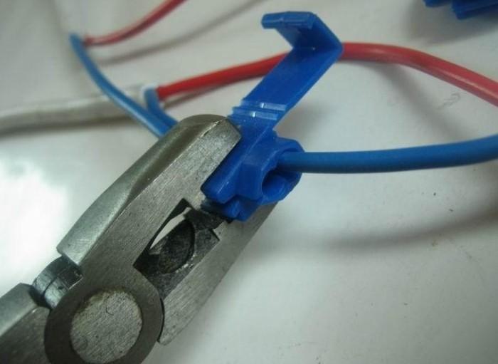 Quick wire stripper