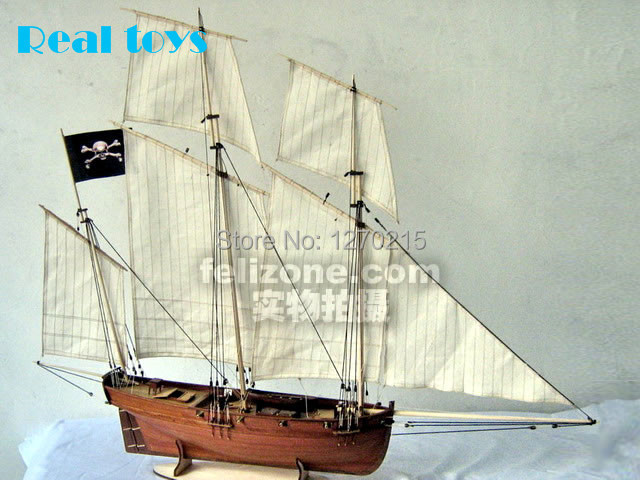 Original classic wooden sailing boat model 1/48 Le coureur french pirate ship assemble kit DIY models(China (Mainland))