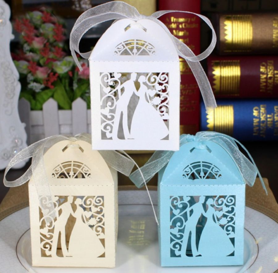 Hollow Out Bride & Groom Style Candy Boxes Chocolate Gift Box Wedding ...