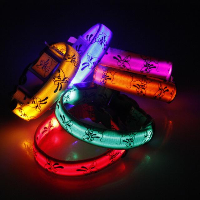 2015 New Cute Cartoon Dog LED Nylon Pet Dog Cat Collar Night Safety LED Light-up Flashing Glow in the Dark Lighted Dog Collars