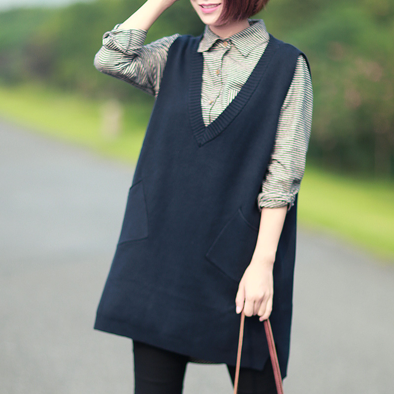 The retro long deep V collar sleeveless sweater vest vest A 2016 new female loose spring(China (Mainland))