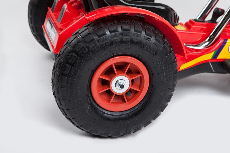 enfants tour sur la voiture de roue dans voitures lectriques pour enfants de jouets loisirs. Black Bedroom Furniture Sets. Home Design Ideas