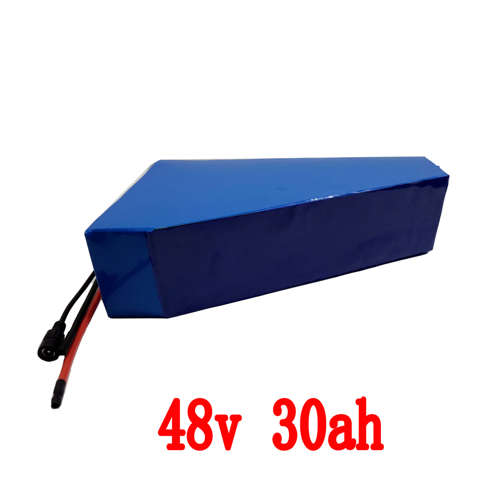 1200W Scooter Electric Bike Battery 48V 30AH triangle Lithium battery Use samsung cell with PVC Case Free bag 30A BMS Charger(China (Mainland))