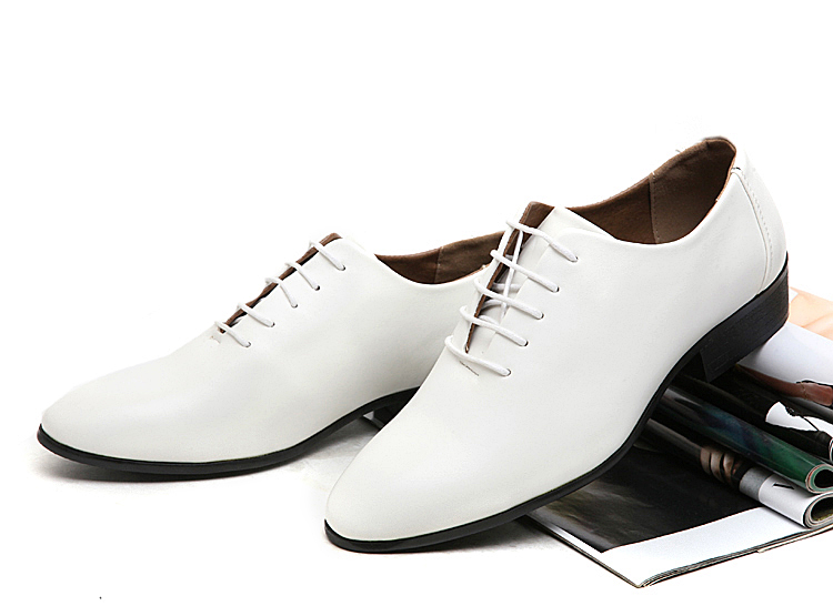 British style man pointed toe leather shoes business casual black flats men shoes lacing wedding shoes for men(China (Mainland))