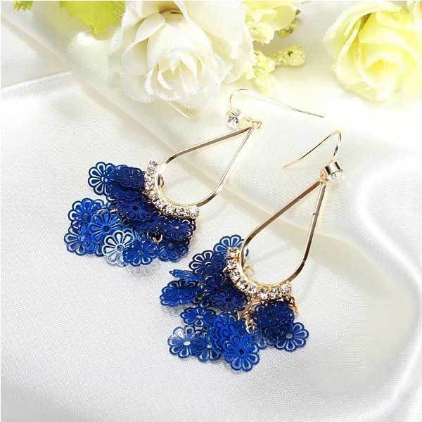 Aitkender Gold Plated Hollow Out Rhinestone Little Flower Earrings Jewelry(China (Mainland))