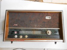 Red 711-5 old Muke old tube radio cassette nostalgia film props old objects Favorites(China (Mainland))