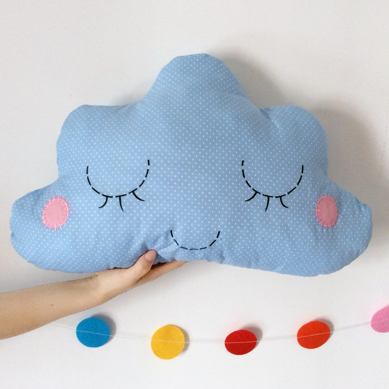Cute 55*35cm smiling cloud pillows cushions sofa throw pillow couch soft cotton stuffed toys decorative pillow for kids room bed(China (Mainland))