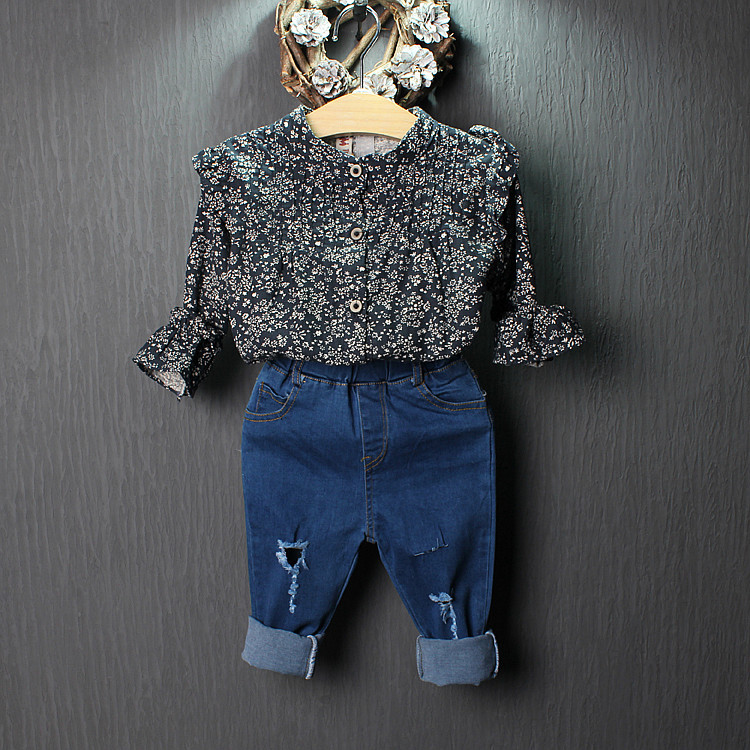 Korean childrens clothing for girls 2016 spring new retro floral round neck ruffle shirt Wawa Shan<br><br>Aliexpress