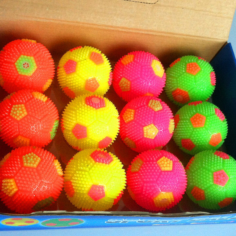 1 X Flashing Bouncing Balls Sounding Ball Mini Football with LED Color Random(China (Mainland))