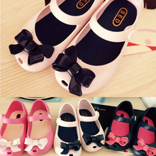 2015 girl Shoes kids New Limited Strap Baby Rubber Mini Melissa Cute jelly Bow Sandals Children Bowtie Summer Fragrance D254(China (Mainland))