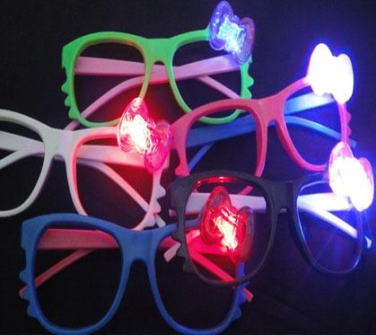 Qin Di Light Up Toys 24pcs cat led glasses flashing stall toy goods LED glass party decoration LED+6pcs finger ring(China (Mainland))