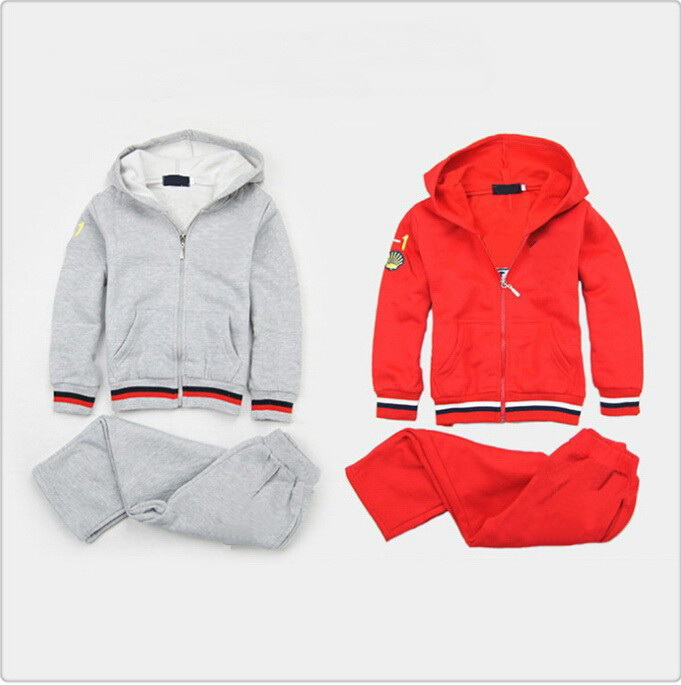 Spring/Autumn New Style Letter Car Logo Baby Boy Girl Kids Clothes Sets 2pcs Sport tracksuits Red and Gray Color 2-8 Ages(China (Mainland))