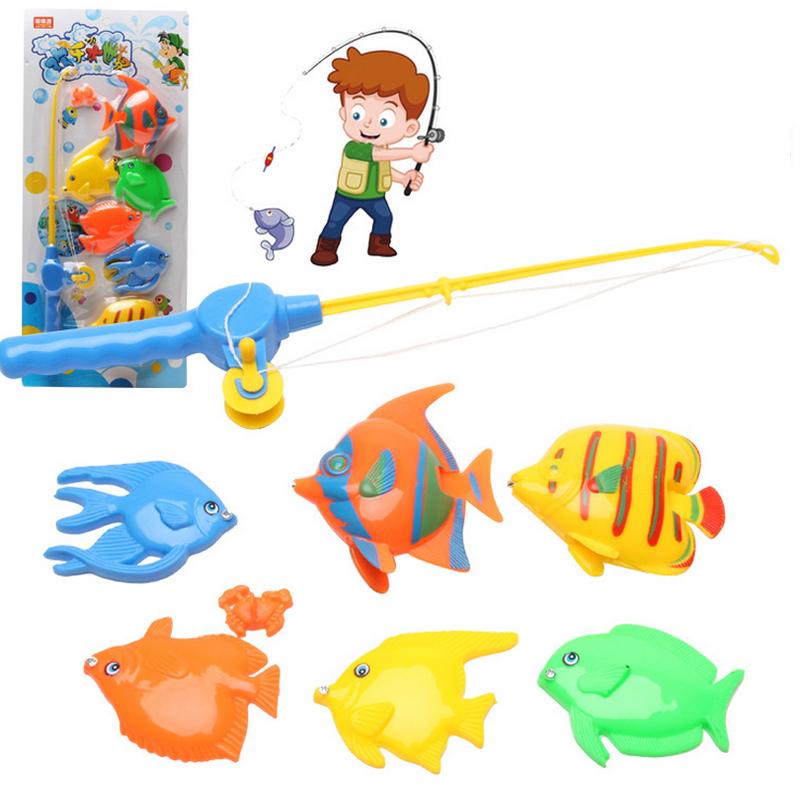 дети ловят рыбу игрушки
