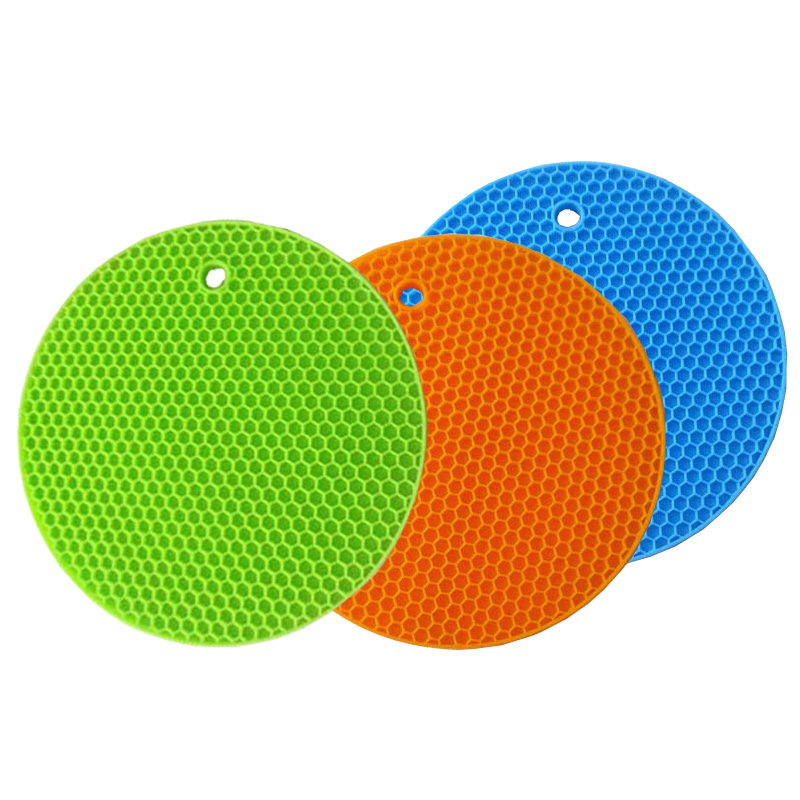 1PCS Kitchen Mats Silicone Dinner Table Mat Heat insulation Coaster Round Placement Pad WD-10073(China (Mainland))