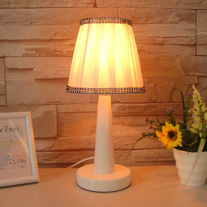 Promotion Brief Small Desk Lamp Modern Fashion Rustic Bed