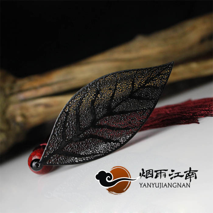 2015 China Wind Leaf Veins Classical Black Personalized Metal Bookmark Retro Gifts Free Shipping(China (Mainland))