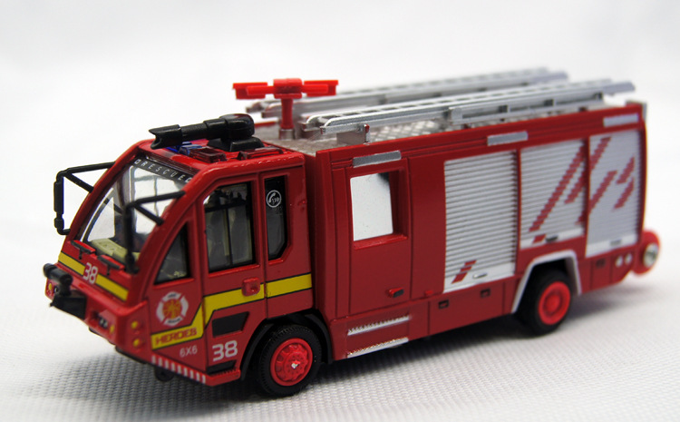 Popular Full back car Model Toys Full Alloy Fire engine water vehicle toy Allooy car model toy Truck Flash models best gifts #D(China (Mainland))