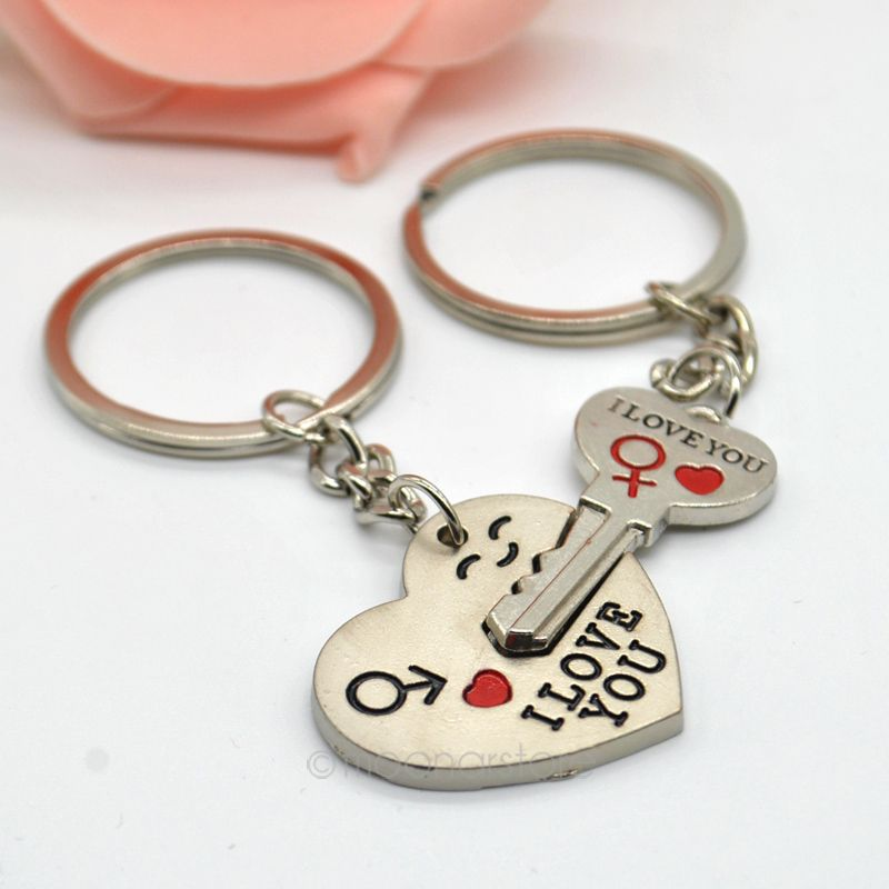2015 Alloy Lock-and-Key Ring Chain Set Stylish Silver Couple Sweetheart Key Chain For Lovers PMPJ068*65(China (Mainland))