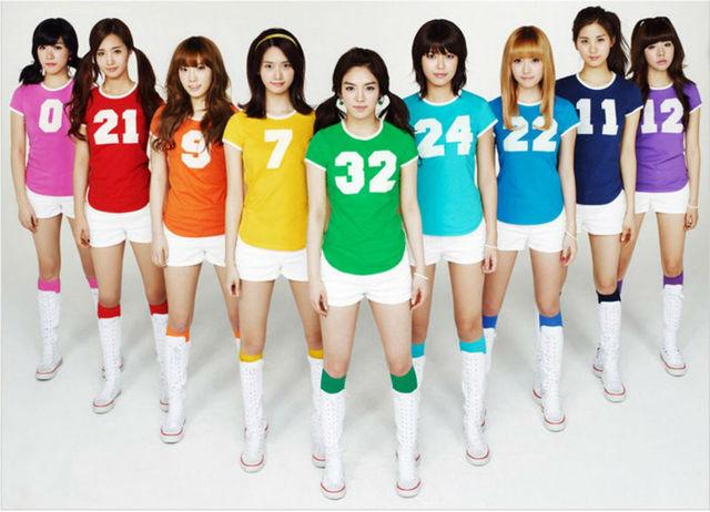 Free Shipping 2013 new fashion football baby cheerleader dress Korea Girls' generation Annual meeting sports costume Wholesale