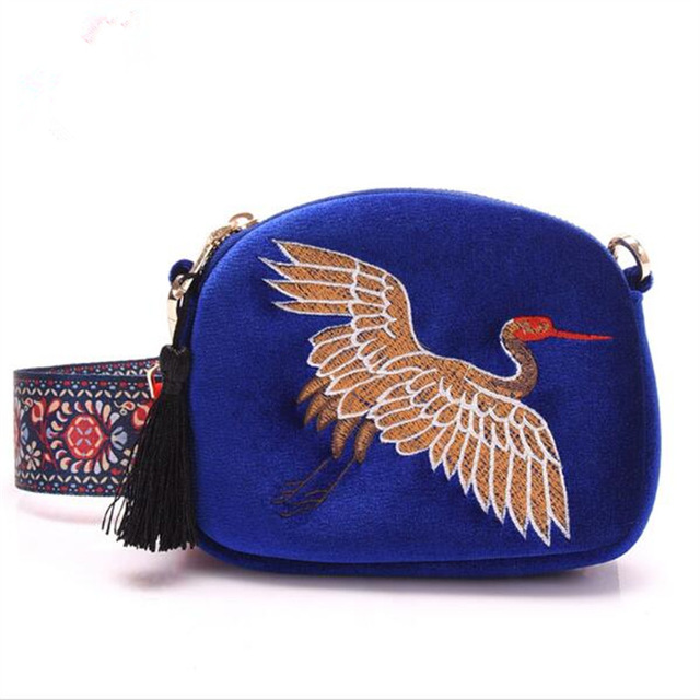 Red-crowned cranes embroidery women shoulder bag New design mini Shell bag velvet tassel clutch bag Hand Embroidery(China (Mainland))