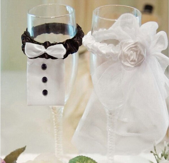 Romantic Wedding Decoration Decor Accessories Wedding Dress Bride And Groom Christmas Party Creative Cup Wine Glass Decoration(China (Mainland))