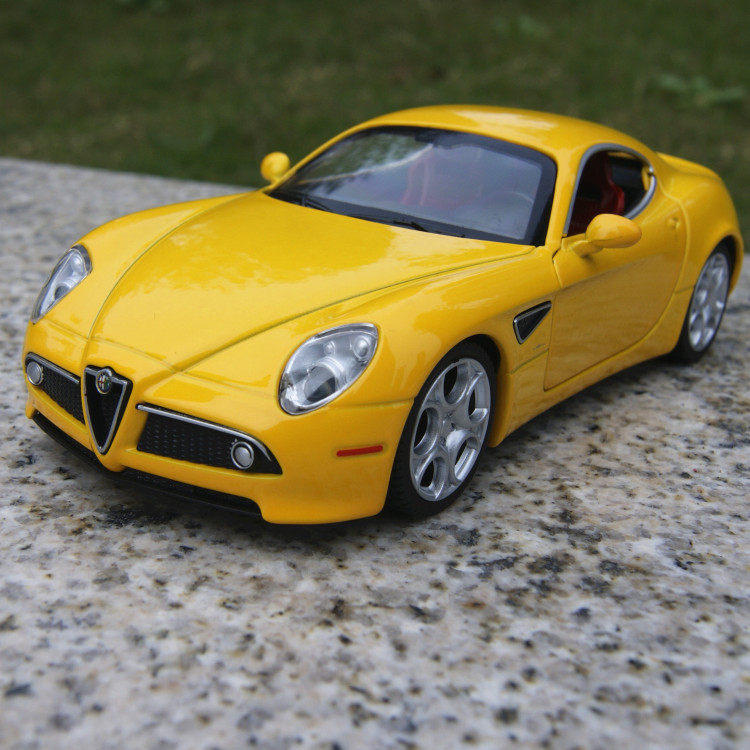 (5pcs/pack) Wholesale Brand New CAIPO 1/32 Scale Car Toys Alfa Romeo 8C Diecast Metal Flashing Musical Pull Back Car Model Toy<br><br>Aliexpress