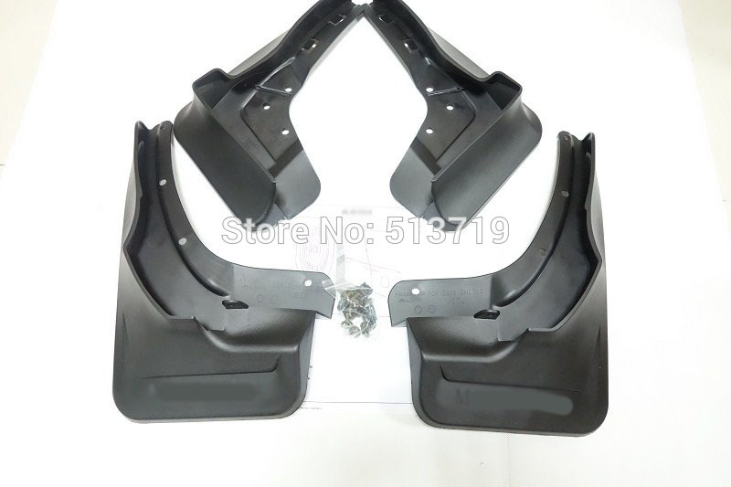 Ml 350 diecast mercedes for Mercedes benz ml350 mud flaps