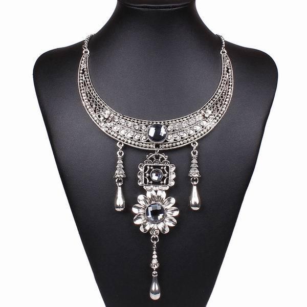2014 Hot Sale Lady's Alloying Galaxy Luxurious Pendant Necklace Women Club Statement Jewlery Accessories Gift(China (Mainland))