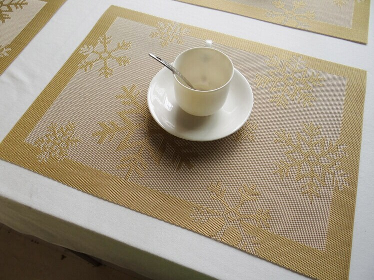 Gold Color Pvc christmas Snowflake placemat table mat tableware mat anti-hot pad 4pcs/lot(China (Mainland))