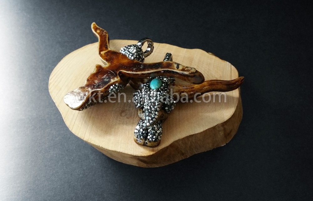 WT-NP205 Wholesale Resin Bull Head Pendant Jewelry Resin bull head rhinestone pave pendant unique designs bull head pendant gift
