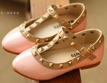 Nouveau 2015 filles princesse chaussures enfants appartements enfants chaussures en cuir Rivets bas