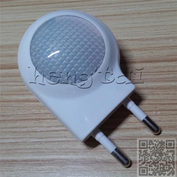 2015 new sole supplier Night light on a light sensor intelligent small eu plug CE, RoHS certification(China (Mainland))