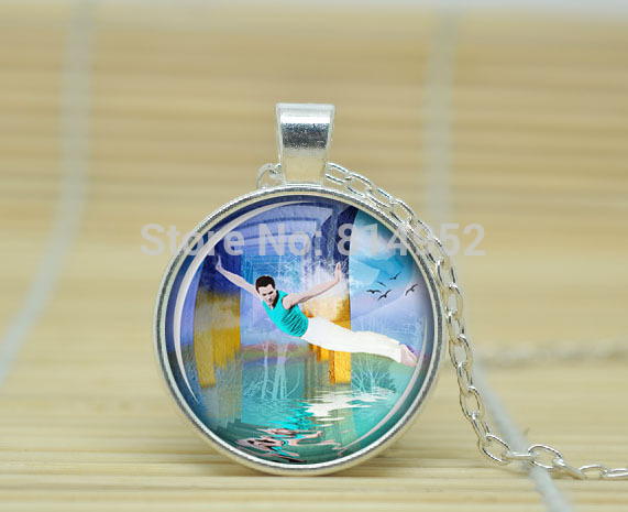 1pcs Free fall necklace turquoise pendant flying man jewelry art pendant charm blue sea pendant Glass Cabochon Necklace A1264(China (Mainland))