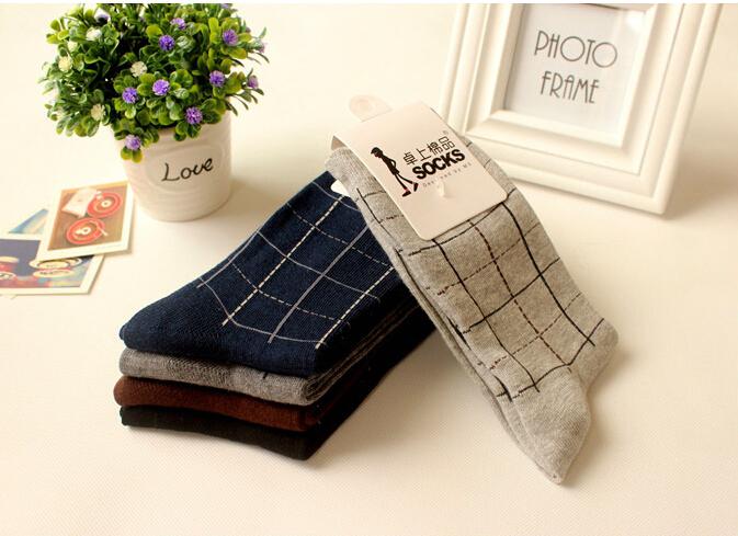 Classic 100 cotton male socks commercial elegant square grid gentleman socks 100 cotton socks knee high