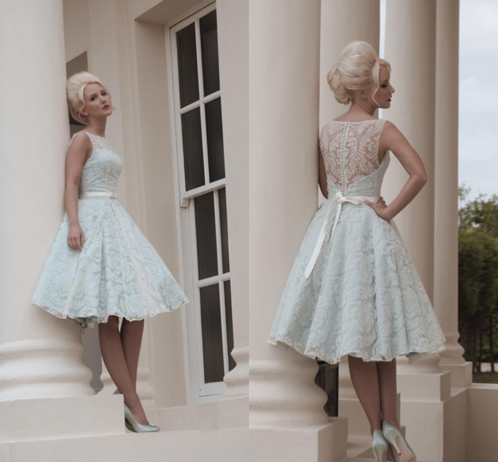 Vintage style simple wedding dresses popular tea length for Plus size vintage style wedding dresses