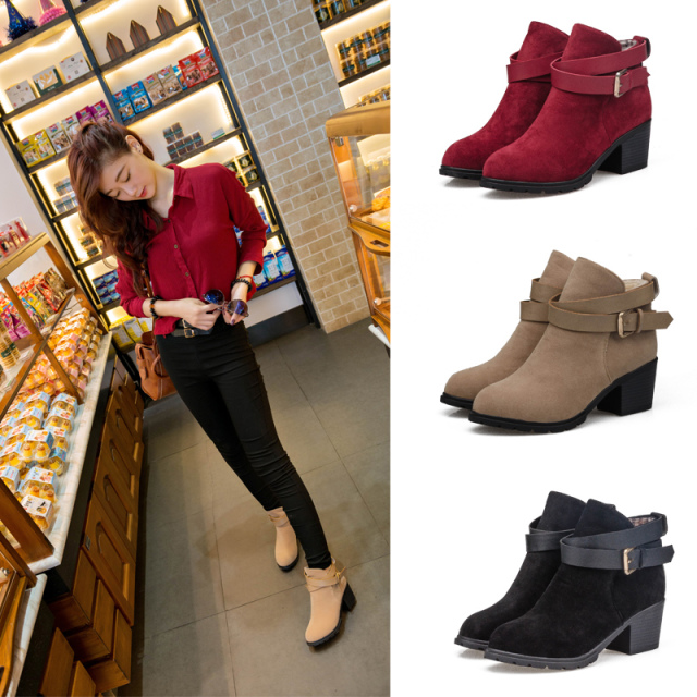 XWN0122 2014 Deals Autumn Winter Women's Suede Leather Ankle Boots with Metal Buckles 5.5 cm Heels Motorcycle Boots for Woman(China (Mainland))