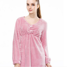 New autumn and winter 2015 pink coral fleece Nightdress women's solid thick coral velvet pajamas tracksuit gv721(China (Mainland))