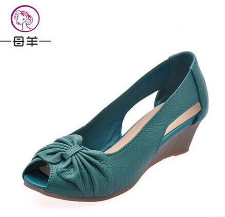 Гаджет  2014 new summer shoes women genuine leather platform shoes sandals open toe mother wedges sandals women sandals for women None Обувь