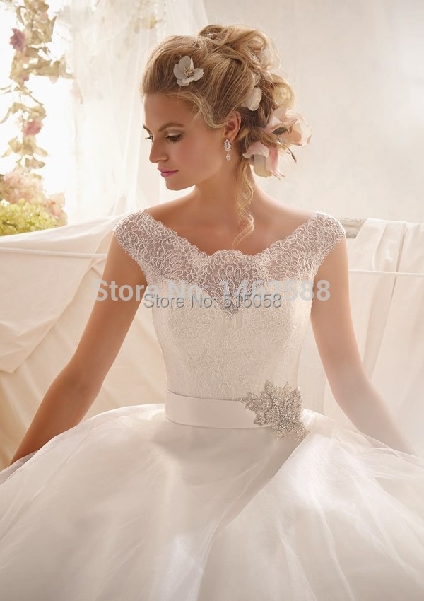 Vintage Cap Sleeves Lace Covered Back Ball Gown Dress