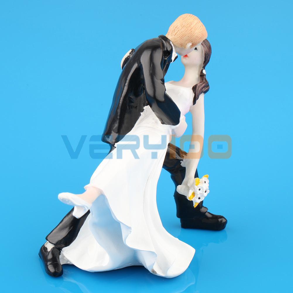 High Quality Figurine Bride Groom Wedding Party Gift Cake Dancing hug Topper Home Decoration(China (Mainland))