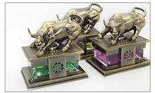 Auto Scent Fragrance Bronze Wall Street Bull Car Perfume Bottle(China (Mainland))