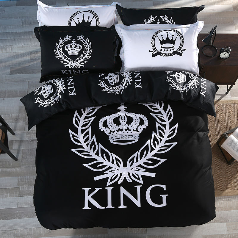 Wholesale Luxury Black And White Crown King Queen Size Bedding Set 3