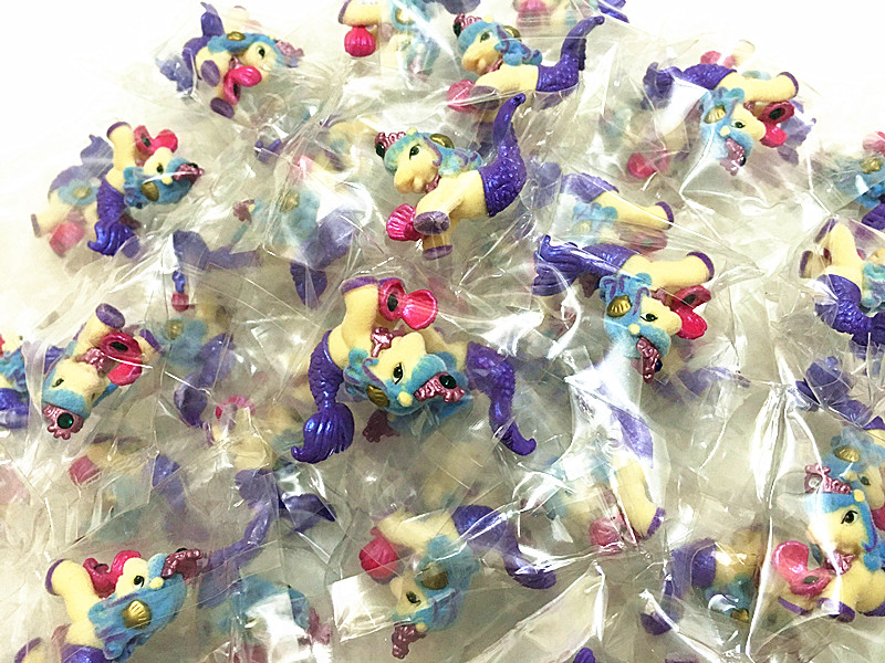 30Pcs/lot Flocking Simba Filly Mermaid Style Mini Horse Dolls 3CM Little Horse Kid Animal Toy Nice Christmas Gift Free Shipping(China (Mainland))